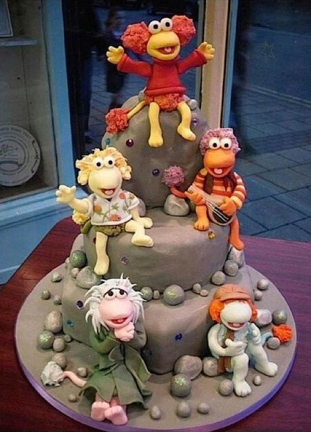 Cake Wrecks Home Sunday Sweets Fraggles And Dragons